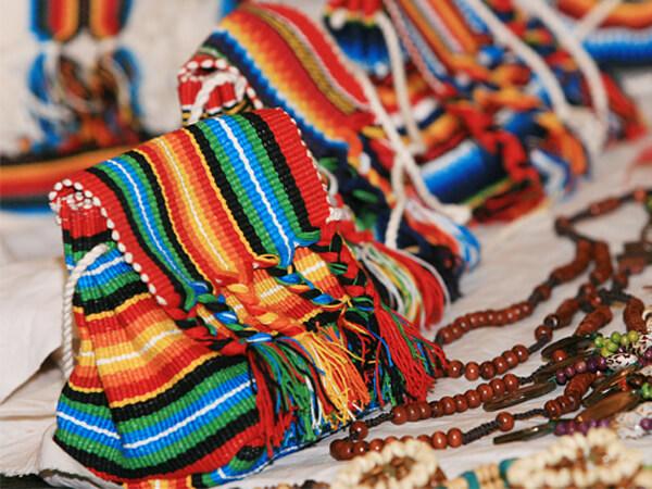 Aparador Suspenso Preto ~ Feira internacional de artesanato no Tatuapé SP Jornal