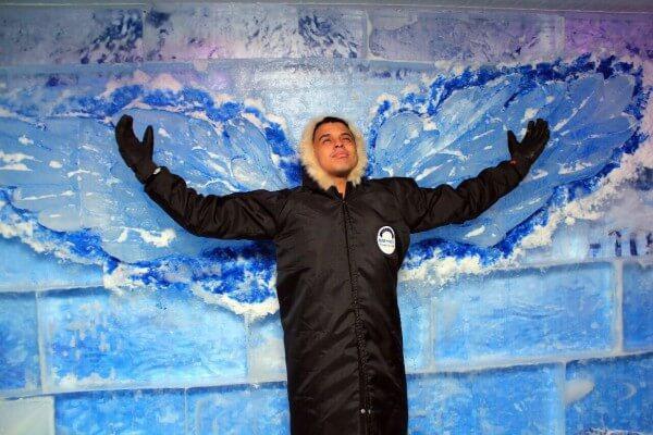 Bar de gelo é nova atração no Shopping Anália Franco