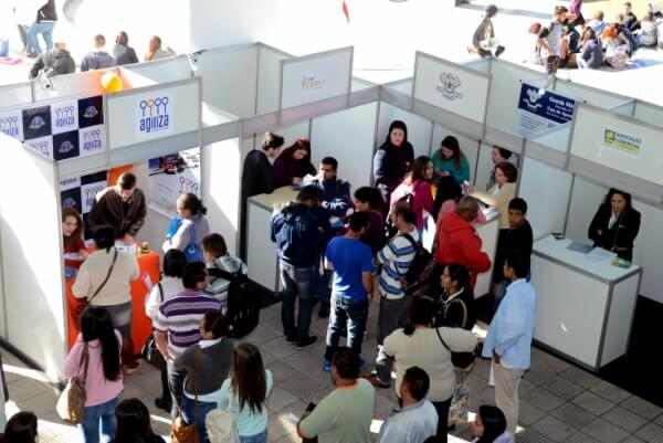 UNICID realiza 1ª edição da Feira de Profissões em seu campus do Tatuapé