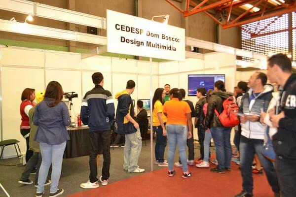 Obra social Dom Bosco promove IV Feira Tecnológica na Zona Leste