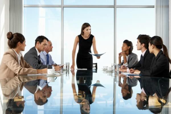 Por que há poucas mulheres em cargos de liderança?