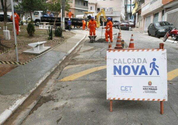 Cangaíba recebe ação do Programa Calçada Nova - Mutirão Mário Covas
