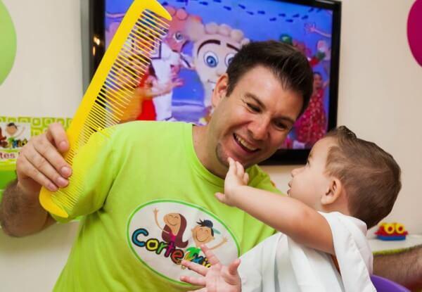 Corte Kids promove ação de atendimento individualizado à crianças autistas