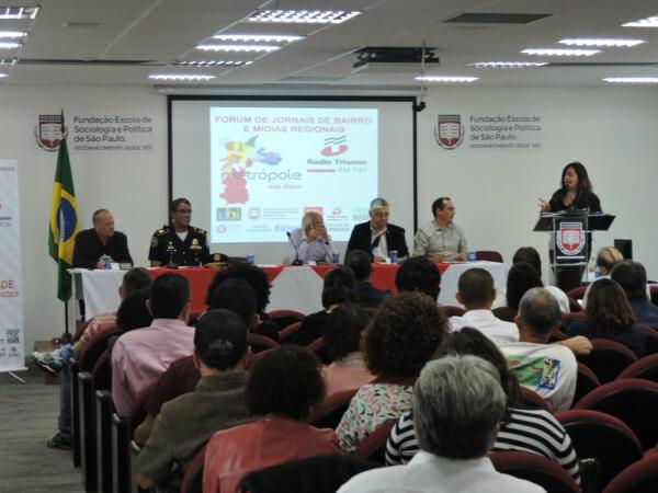 Fórum de jornais de bairro e mídias regionais discute futuro do setor