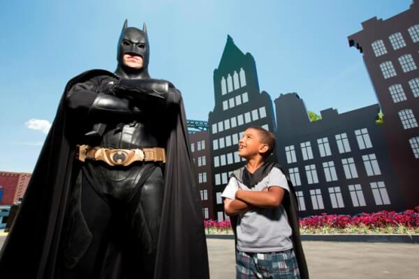Parque do Batman é atração inédita na Zona Leste