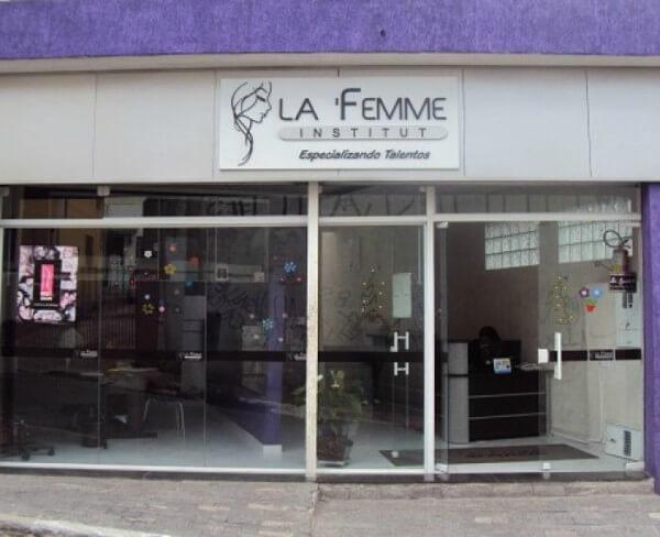 Escola de beleza é inaugurada em São Mateus