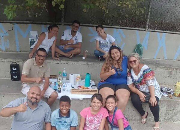 Após zeladoria, praça em Itaquera recebe piqueniques comunitários