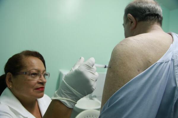 Hospital na Mooca promove campanha de vacinação contra Influenza