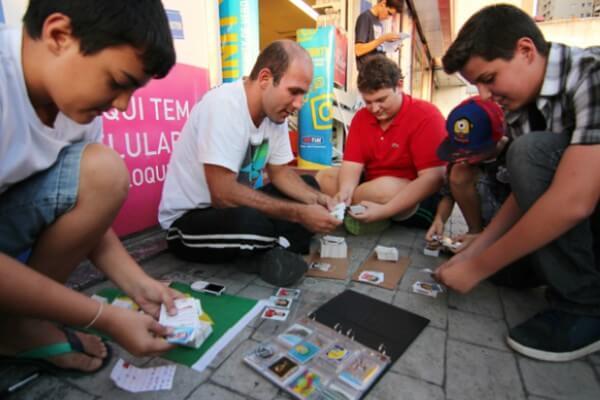 Shopping na Vila Prudente promove ponto de encontro para troca de figurinhas