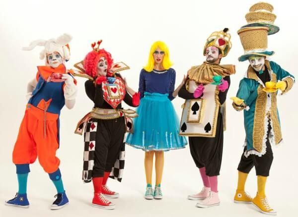 Teatro Dr. Botica recebe a montagem Alice no País das Maravilhas