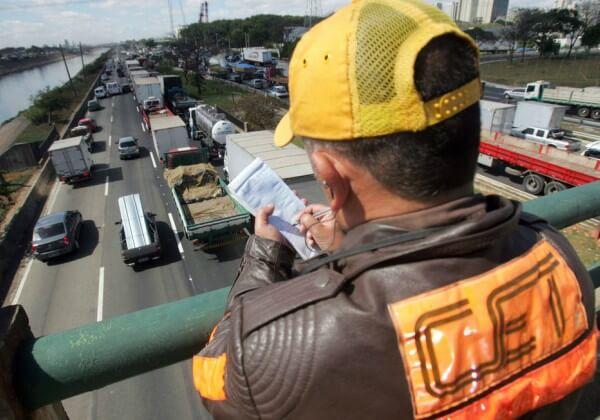 Uma nova perspectiva para as multas de trânsito