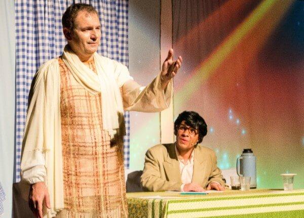 Espetáculo sobre Chico Xavier e Emmanuel faz curta temporada no Tatuapé