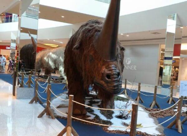 Exposição na Zona Leste reúne réplicas de animais extintos há milhões de anos