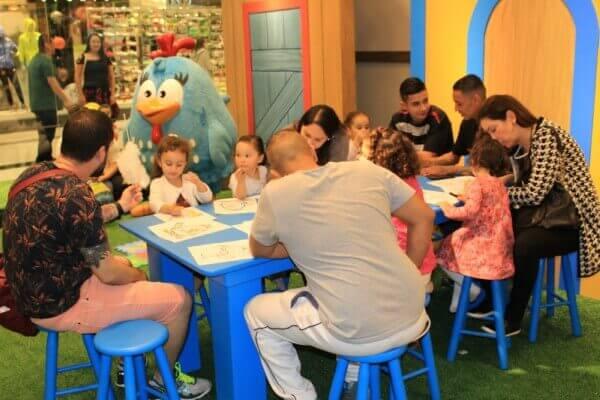 Espaço temático em shopping da Zona Leste oferece atividades gratuitas