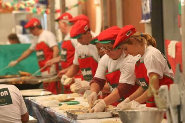 Paróquia San Gennaro realiza tradicional festa italiana na Mooca