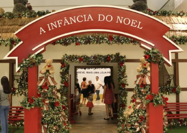 Shopping Metrô Itaquera conta a infância do Papai Noel